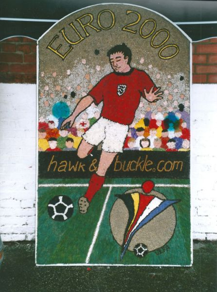 Etwall 2000 - Hawk & Buckle Well Dressing