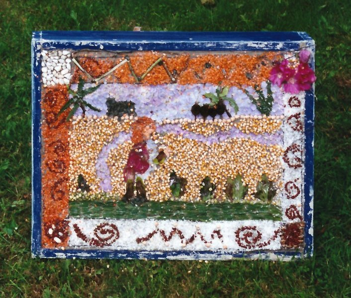 Belper 2000 - St John's CofE Primary School Well Dressing (4)