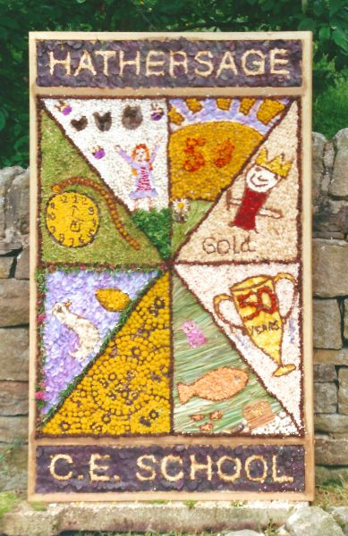 Hathersage 2000 - School Well Dressing