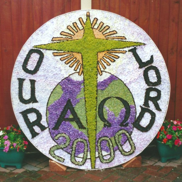West Hallam 2000 - Cooke Family Well Dressing (1)