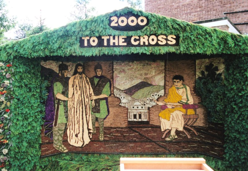 Barlow 2000 - Valley Road Well Dressing