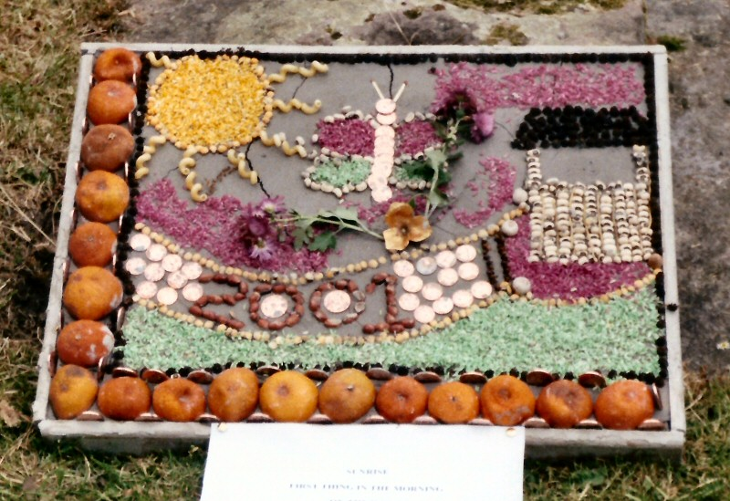 Chester Green 2001 - Children�s Well Dressing