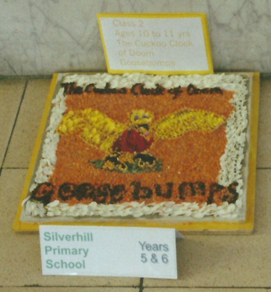 Derby 2001 - Silverhill Primary School Years 5 & 6 Well Dressing (4)