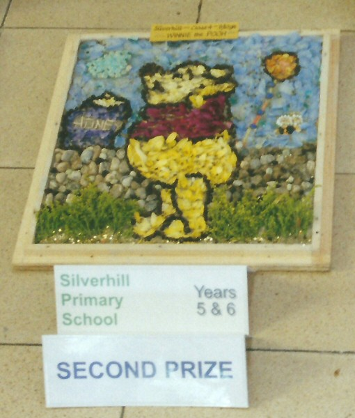 Derby 2001 - Silverhill Primary School Years 5 & 6 Well Dressing (2)
