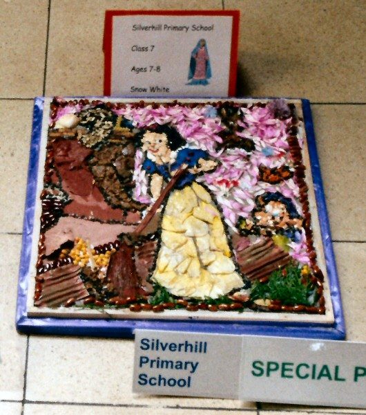 Derby 2001 - Silverhill Primary School Years 3 & 4 Well Dressing (2)