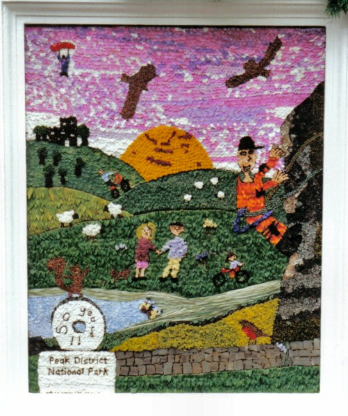 Stoney Middleton 2001 - Children's Well Dressing