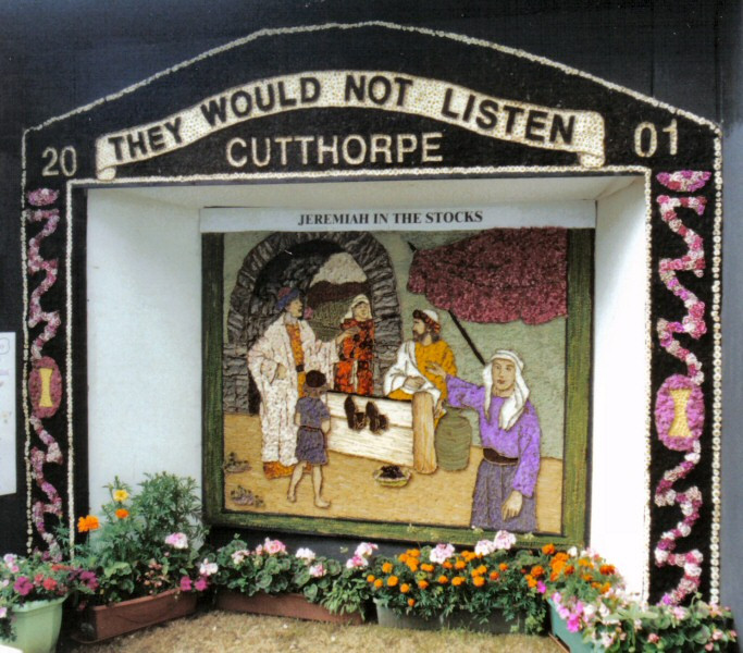 Cutthorpe 2001 - Village Well Dressing
