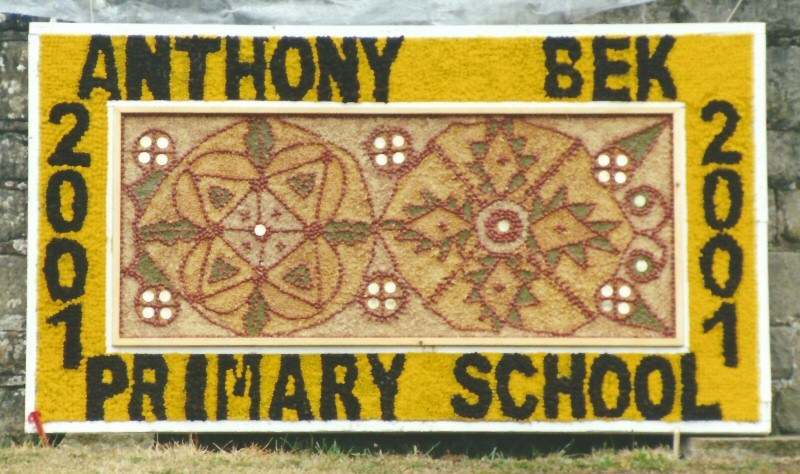 Pleasley 2001 - Anthony Bek Primary School Well Dressing