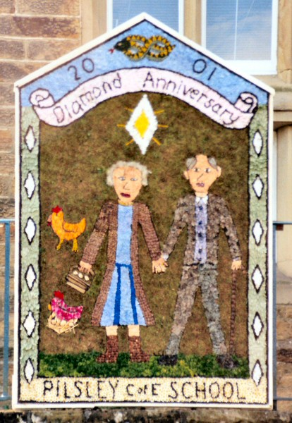 Pilsley (near Bakewell) 2001 - Pilsley School Well Dressing