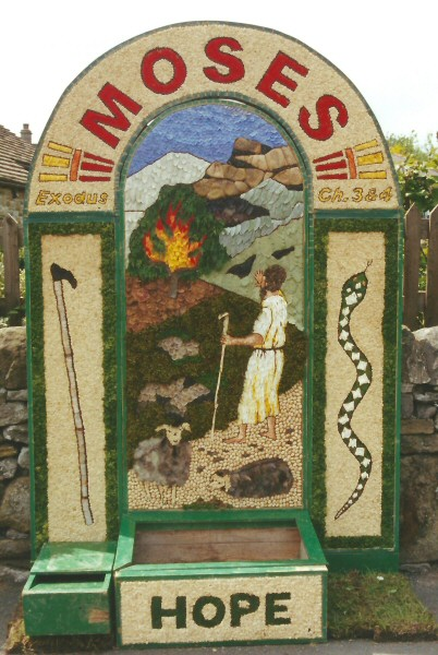 Hope 2001 - Edale Road Well Dressing