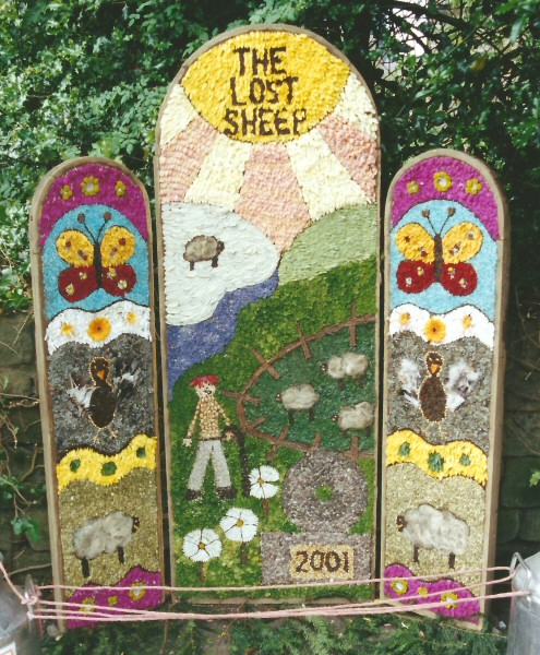 Rowsley 2001 - Primary School Well Dressing