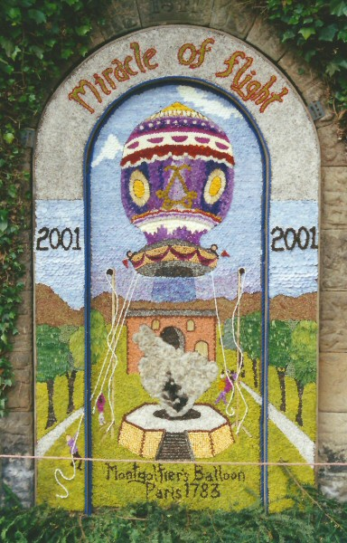 Rowsley 2001 - Main Well Dressing