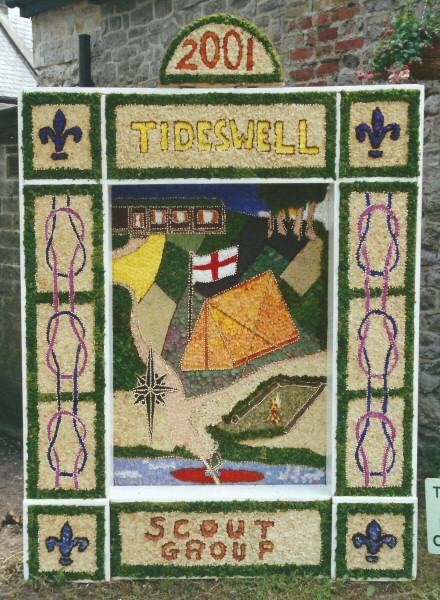 Tideswell 2001 - Cubs & Scouts Well Dressing