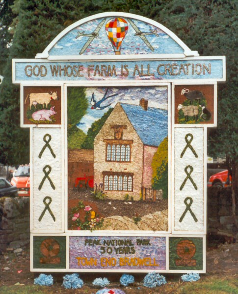 Bradwell 2001 - Town End Well Dressing