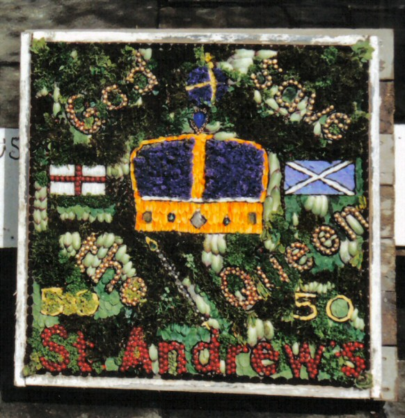 Penistone 2002 - St Andrew's Chapel Well Dressing