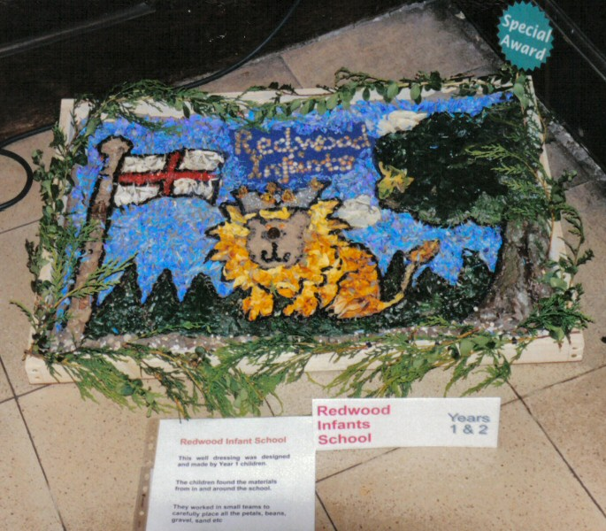 Derby 2002 - Redwood Infants School Years 1 & 2 Well Dressing (2)