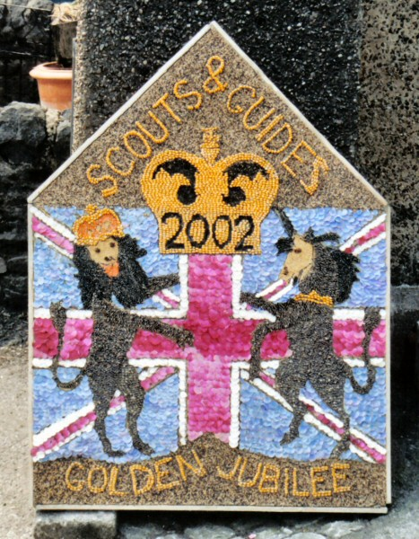 Wirksworth 2002 - Scouts & Guides Well Dressing