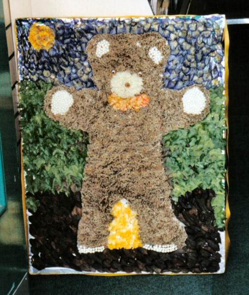 Wirksworth 2002 - Bears at Wirk Well Dressing