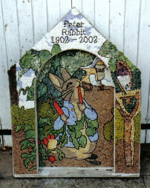 West Hallam 2002 - Emma Gregory & Friends Well Dressing