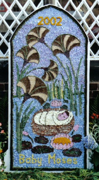 West Hallam 2002 - Scargill School Well Dressing