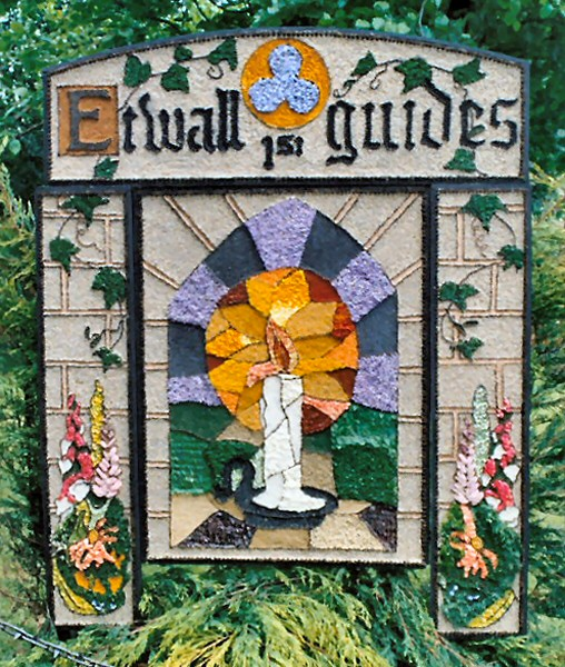 Etwall 2003 - Guides Well Dressing