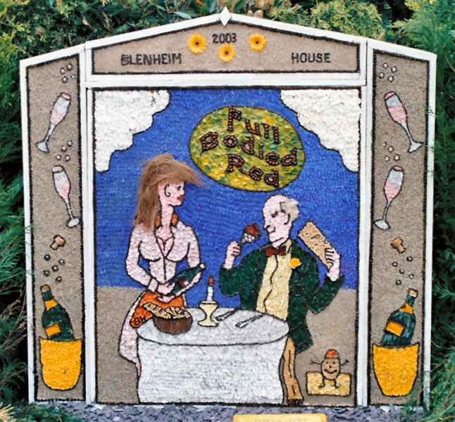 Etwall 2003 - Blenheim House Well Dressing