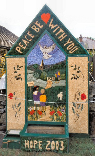 Hope 2003 - Edale Road Well Dressing