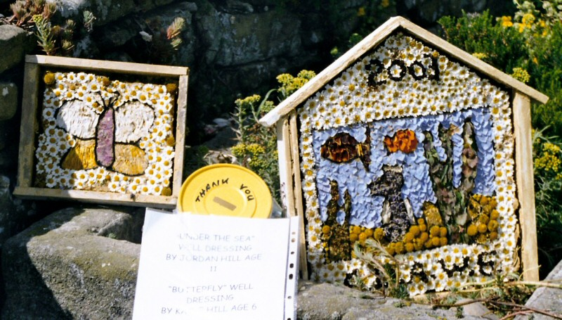 Pilsley (near Bakewell) 2003 - Children's Well Dressings
