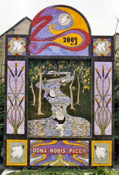Youlgrave 2003 - Fountain Well Dressing