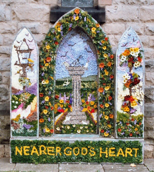 Bolsover 2004 - Methodist Church Well Dressing