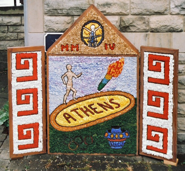 Chapel-en-le-Frith 2004 - Methodist Church Well Dressing