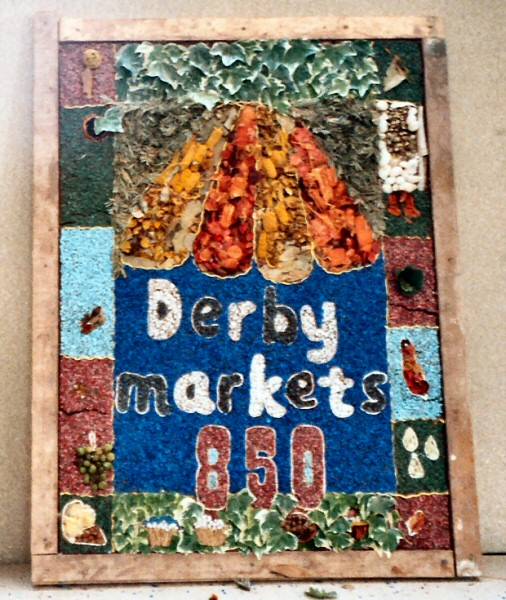 Derby 2004 - Sinfin Primary School Years 5 & 6 Well Dressing (2)