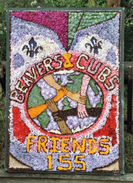 Etwall 2004 - Beavers & Cubs Well Dressing