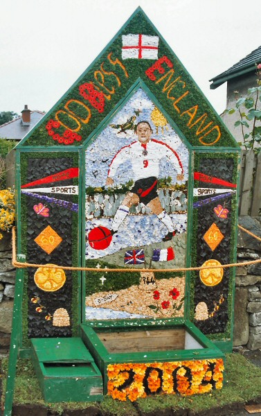 Hope 2004 - Edale Road Well Dressing