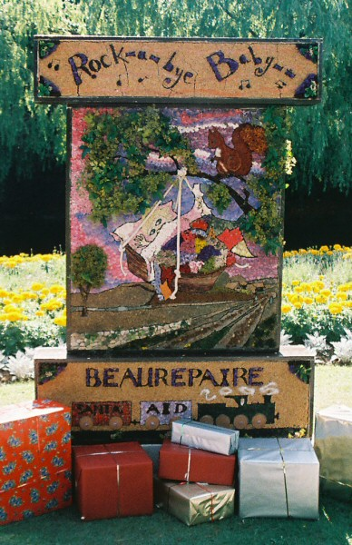 Belper 2005 - Beaurepaire Well Dressing