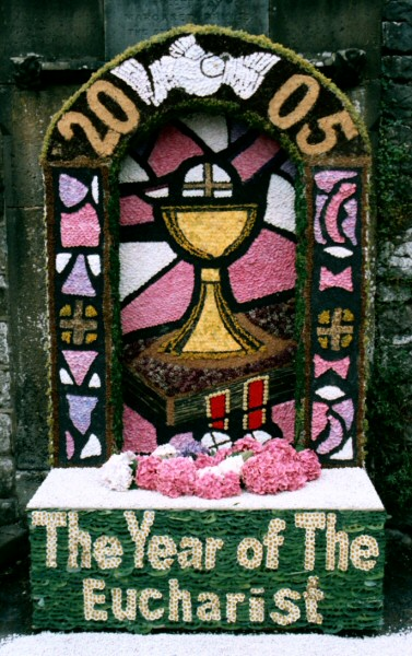 Bonsall 2005 - Market Place Well Dressing