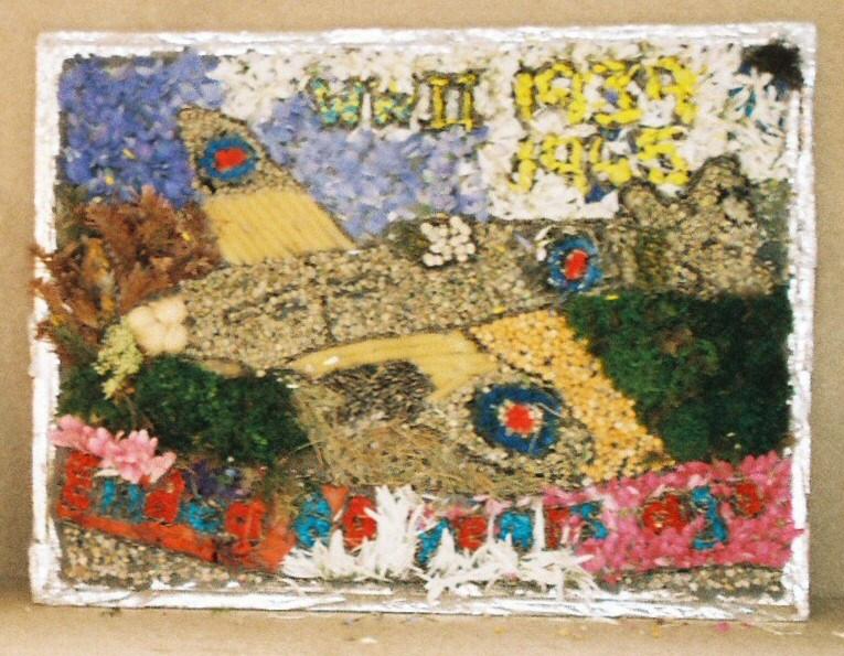 Derby 2005 - Silverhill Primary School Years 3 & 4 Well Dressing (2)