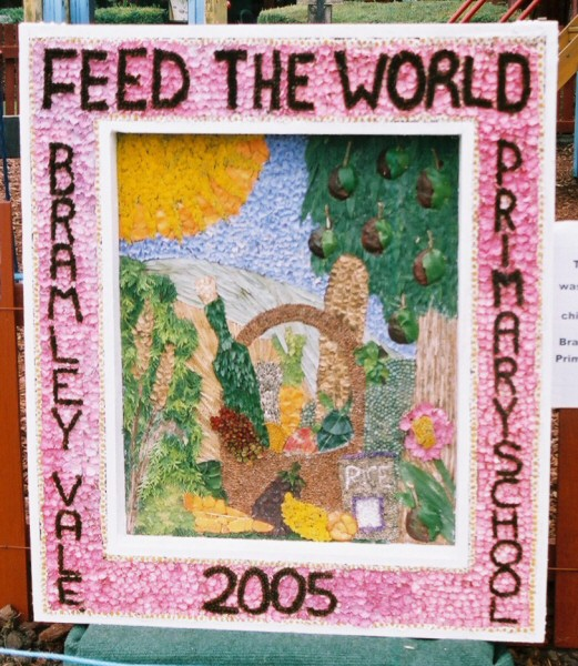 Glapwell 2005 - Bramley Vale Primary School Well Dressing