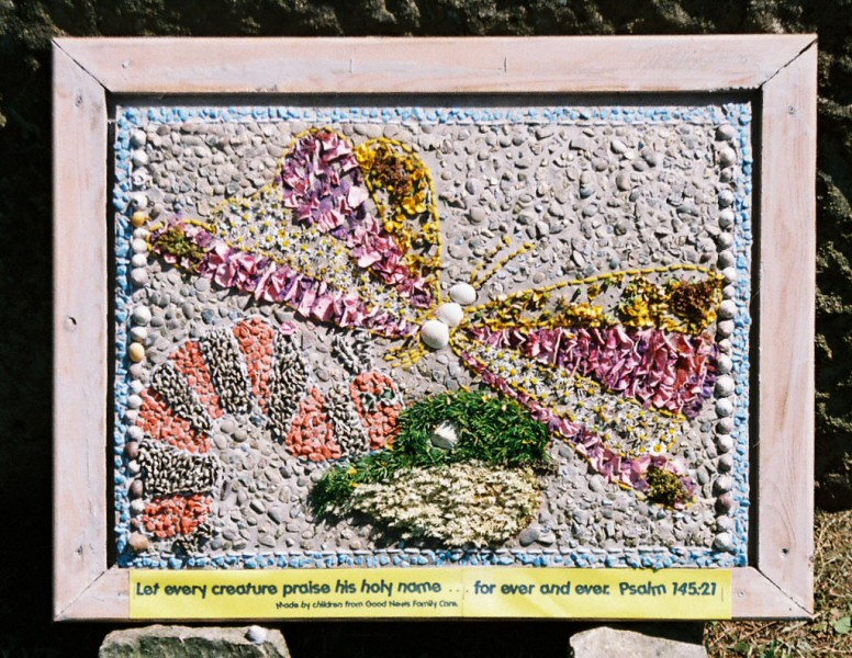 Whaley Bridge 2005 - Additional Well Dressing at Canal Basin (Good News)