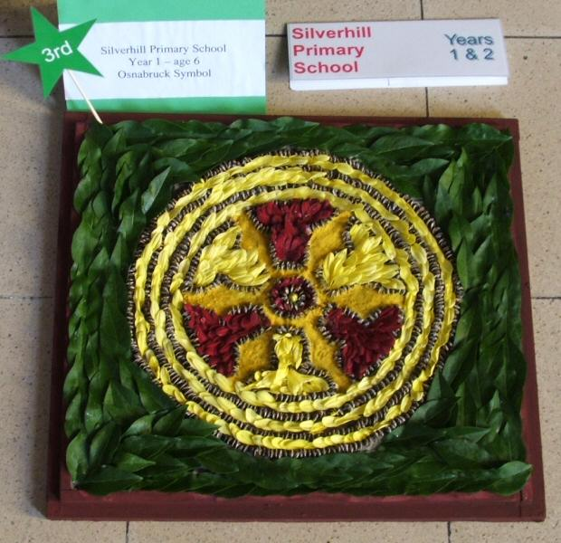 Derby 2006 - Silverhill Primary School Years 1 & 2 Well Dressing (2)