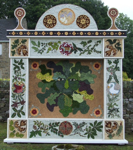 Eyam 2006 - Town End Well Dressing