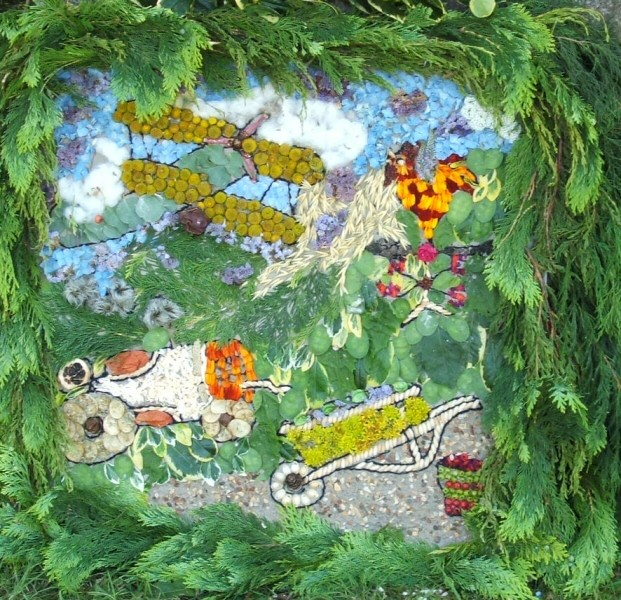 Grindon 2006 - Pinfold Well Dressing