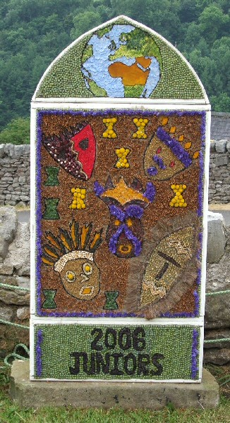 Over Haddon 2006 - Junior Well Dressing
