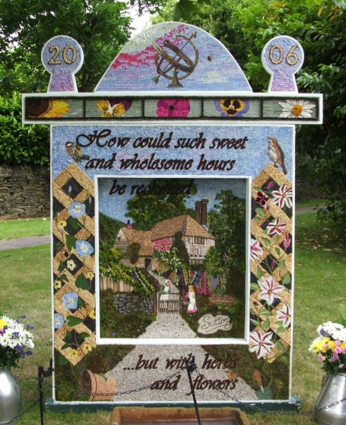 Sutton Lane Ends 2006 - Main Well Dressing
