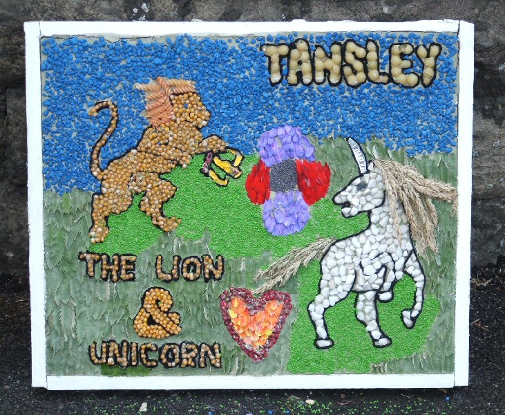 Tansley 2006 - Church Street Well Dressing (2)