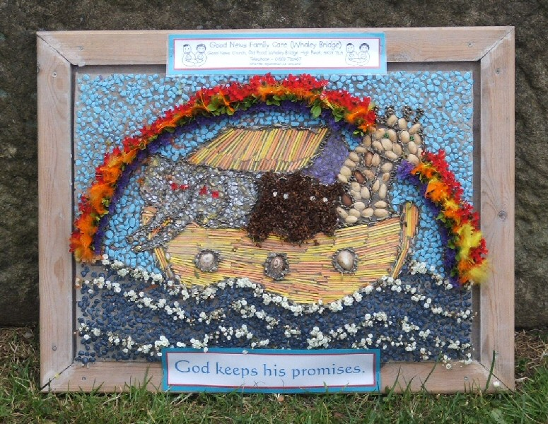 Whaley Bridge 2006 - Additional Well Dressing at Canal Basin (Good News)