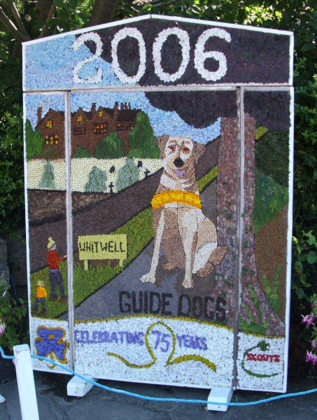 Whitwell 2006 - Village Square Well Dressing