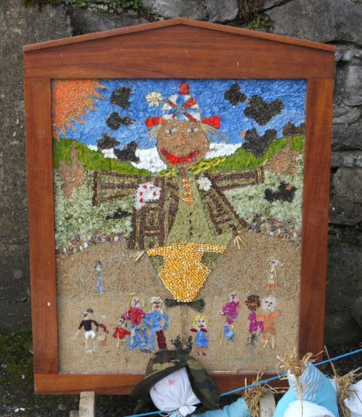 Wirksworth 2006 - Rainbows, Guides and The Flockshop Well Dressing