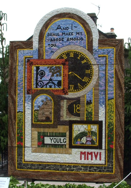 Youlgrave 2006 - Fountain Well Dressing