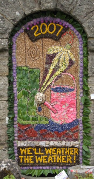 Bonsall 2007 - Moor Lane Well Dressing
